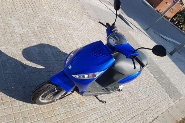 Piaggio Zip 50 (seminueva), 900 €